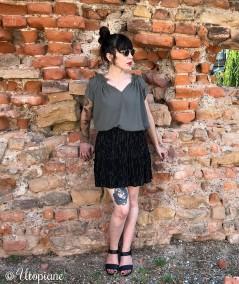 Jupe courte noire Héra sans fibre animale