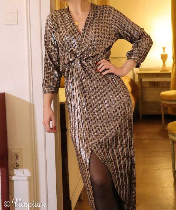 Robe mi-longue Viviane, tissu imprimé à motifs bleu nuit et à reflets dorés-cuivrés
