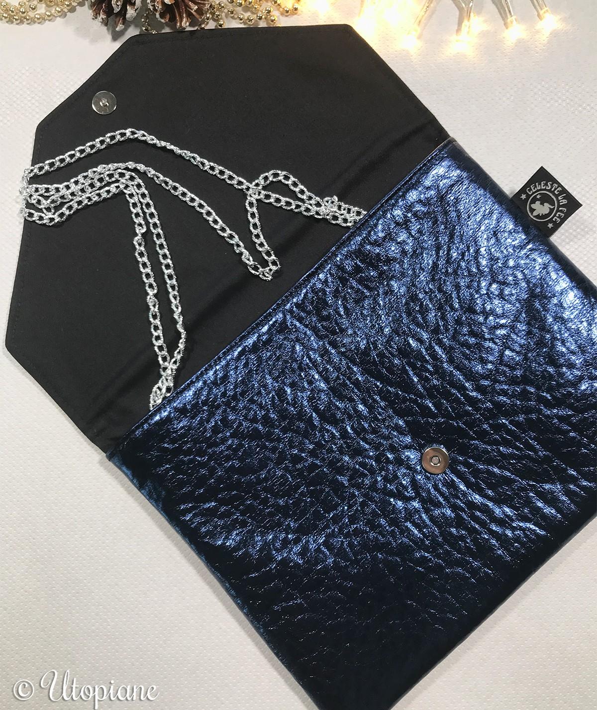 Pochette Angèle - bleue métallisée en simili cuir vegan