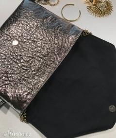 Pochette pratique et élégante en similicuir vegan bronze