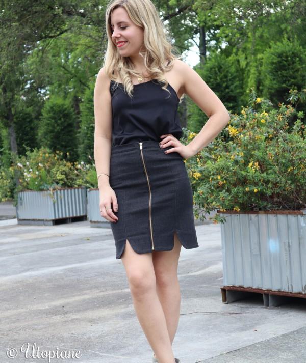 Jupe en jean noire femme ultra confortable, à porter avec baskets, sandales ou talons